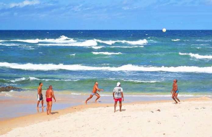 Praia de Pituba é uma das melhores praias de Salvador