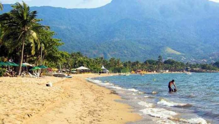 Praia do Perequê é uma das melhores praias do Guarujá