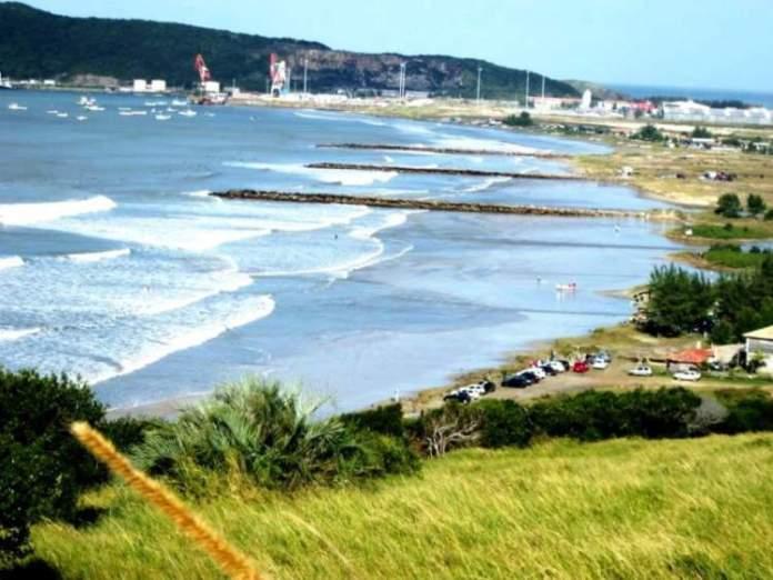 Praia do Porto é uma das melhores praias de Imbituba
