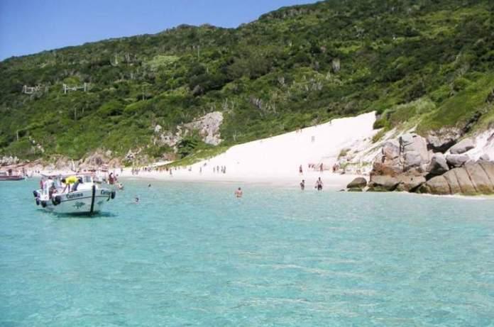 Pontal do Atalaia é uma das praias mais lindonas do Sudeste brasileiro