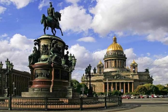 Catedral de Santo Isaac é uma das atrações gratuitas em São Petersburgo