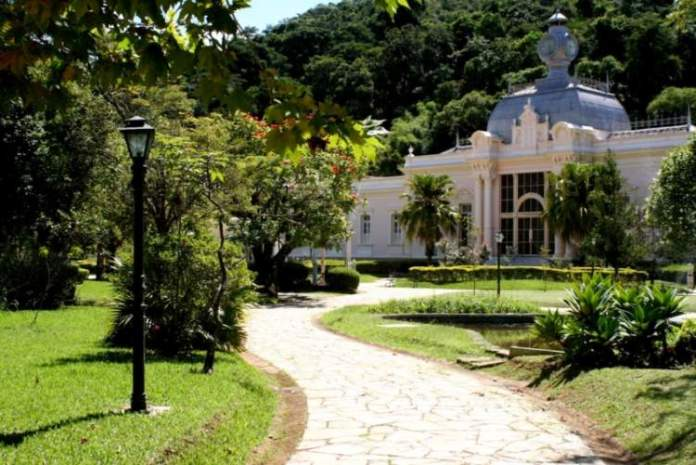 Caxambu é um dos passeios românticos para fazer em Minas Gerais