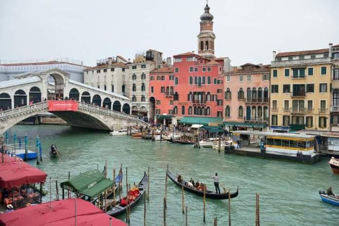 Grande Canal é uma das atrações gratuitas em Veneza