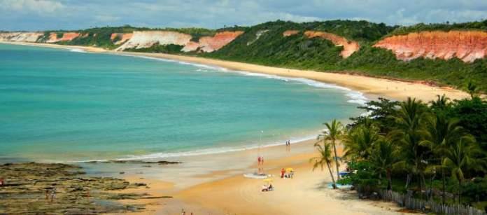 Praia de Taípe é uma das praias mais lindonas da Bahia