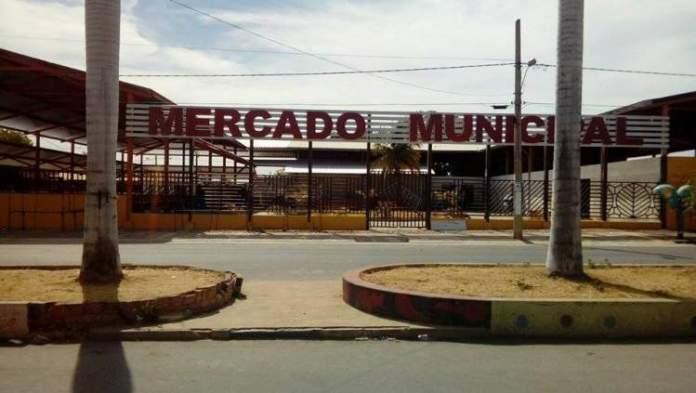 Mercado Municipal em Itacarambi Minas Gerais