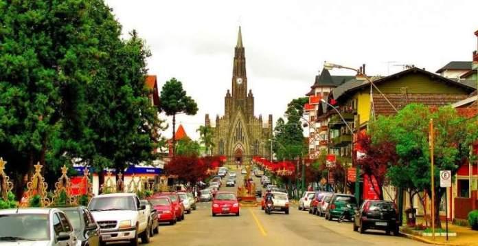 Canela é um dos destinos no Brasil baratos para viajar nas férias