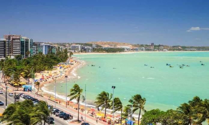 Maceió é um dos destinos no Brasil baratos para viajar nas férias