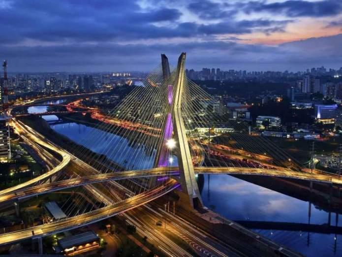 São Paulo é um dos destinos no Brasil baratos para viajar nas férias