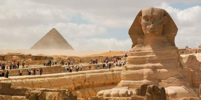 Pirâmides de Gizé no Egito é um dos lugares mais lindos do mundo