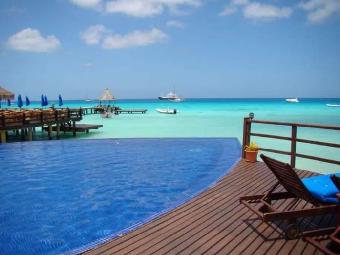Rangiroa é uma das praias mais lindas da Polinésia Francesa