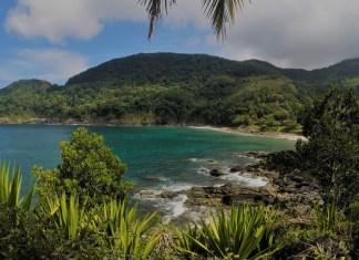 Praia Calhetas em São Sebastião - SP