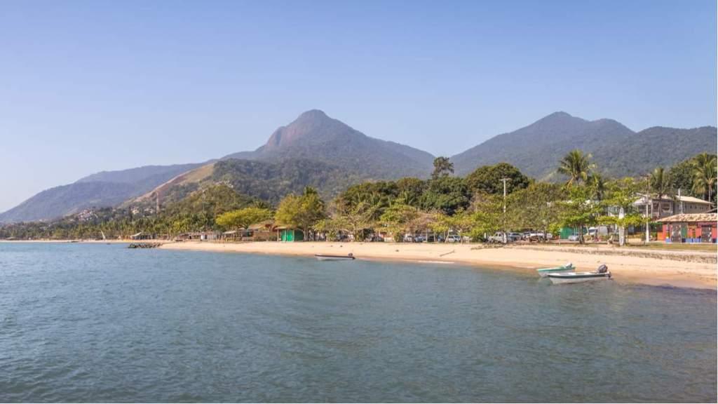Praia do Perequê em Ilhabela - São Paulo