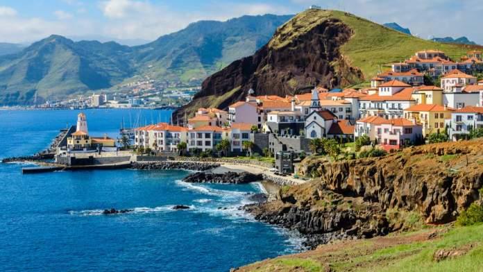 Ilha da Madeira em Portugal é um dos destinos baratos para viajar em janeiro de 2020