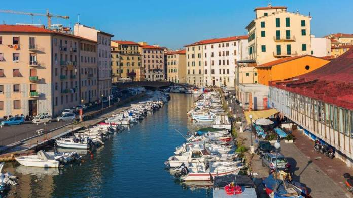 Bairro Venezia Nuova, em Livorno, na Toscana, Itália.