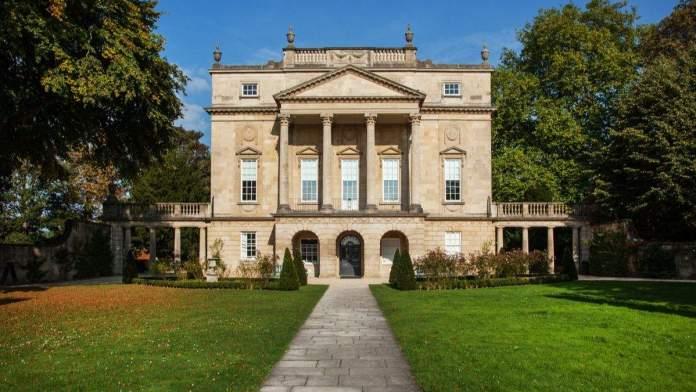 Frente do Museu Holburne em Bath, Inglaterra.
