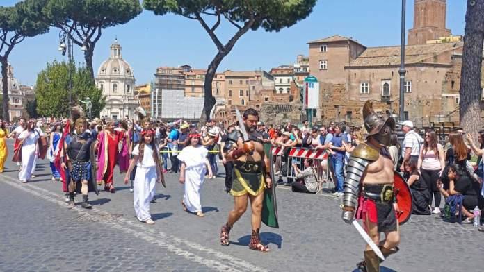 Natale di Roma, Itália