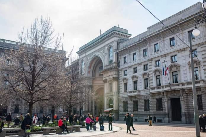 Piazza Della Scala, Milão, Itália