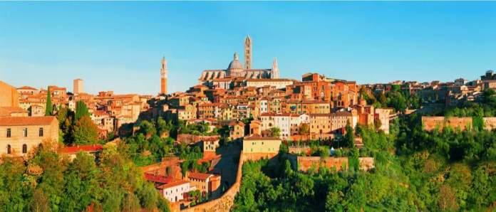 Cenário de Siena, uma bela cidade medieval na Toscana, Itália.