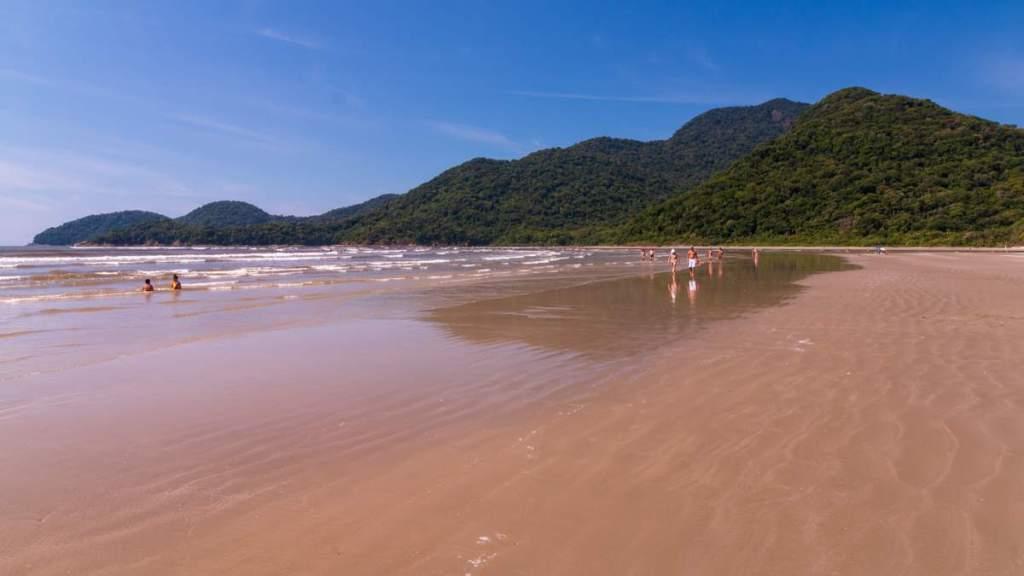 Praia do Guaraú em Peruíbe - São Paulo