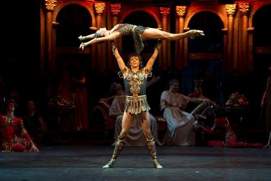 Купить билеты на балет Спартак в Большой театр в Москве ...