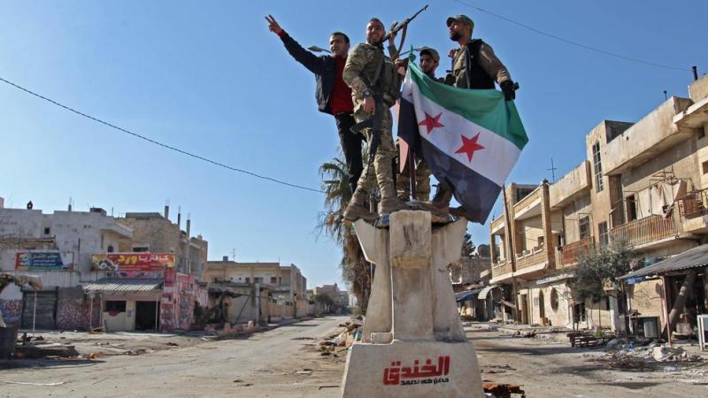 Un bombardeo ruso o sirio mata en Idlib a docenas de soldados turcos