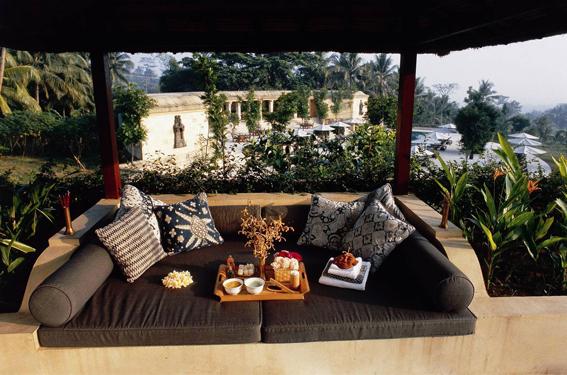 Amanjiwo: Resort Favorit Bule Yang Sangat Sederhana