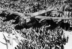 Lancaster KB-700