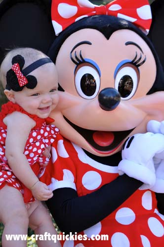This Minnie Mouse Headband from Craft Quickies is the cutest ever!