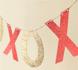 XOXO Banner Cricut