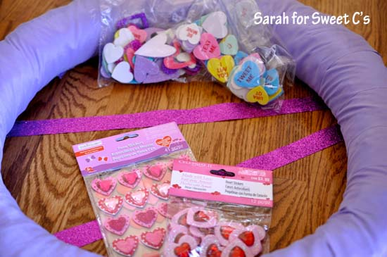 Flirty Pennant Banner Wreath 3