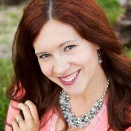 Sarah Westover McKenna square headshot