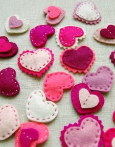 felt-heart-barettes-beaut-1
