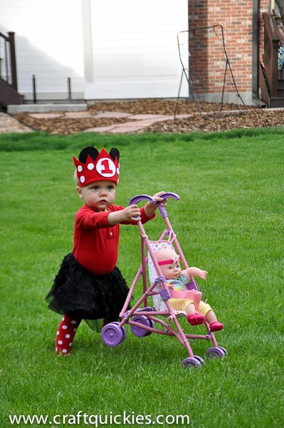 This Minnie Mouse Birthday Party is the perfect birthday celebration for your little mouse! Includes simple cake, decor, and outfit ideas!