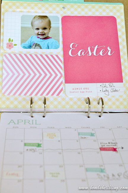 I love this Project Life-esque CALENDAR!  SO simple and cute!  This would be a perfect gift for grandmas or for anyone who loves to scrapbooks or craft!