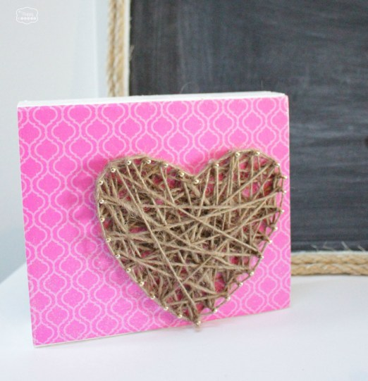 +DIY-Rustic-Glam-Heart-String-Art-craft-at-The-Happy-Housie