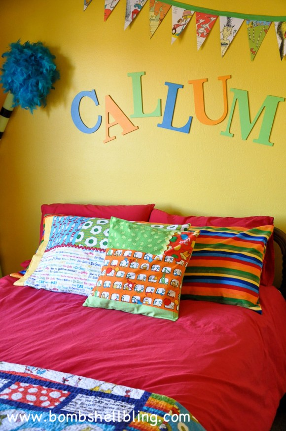 I LOVE these Dr. Seuss pillows!!! What a perfect way to add fun touches to a kid's bedroom!