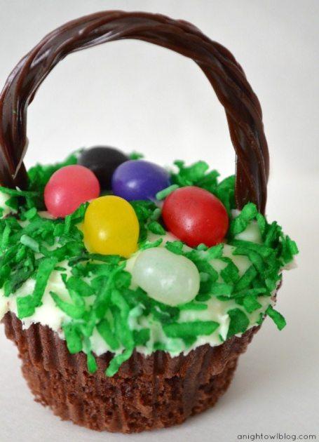 -Basket-Cupcakes-2