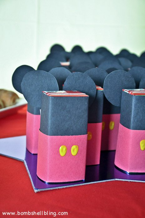 MICKEY MOUSE JUICE BOXES!!!! CUTEST!!!!!