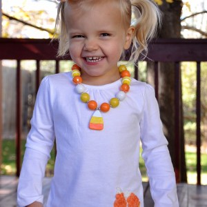 Make this adorable candy corn outfit in only 5 minutes!