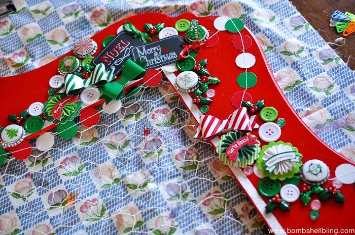 Chicken Wire Christmas Card Holder-16