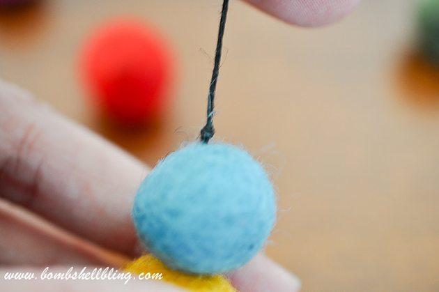 Felt Ball Statement Necklace-11