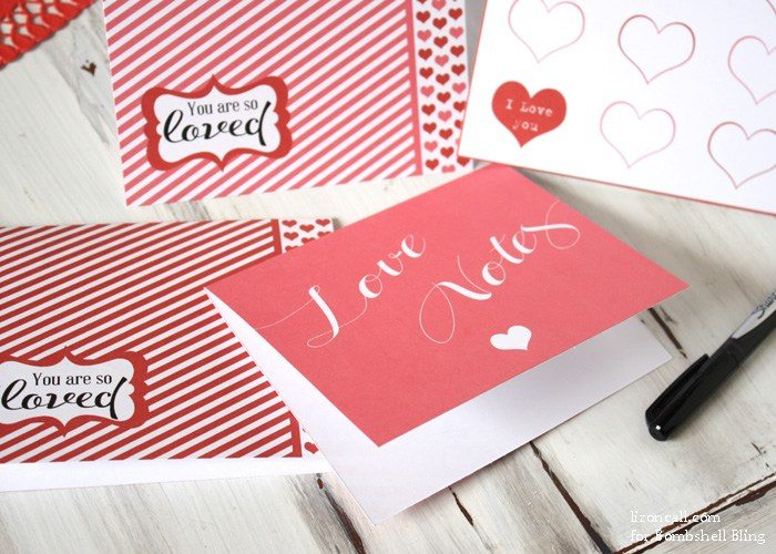 These free printable Valentine's Day cards are way too cute!  They are the perfect surprise for your sweetie, your kiddos, your friends, or anyone else this Valentine's Day!