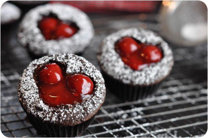 *Cherry-Cordial-Cupcakes-1-2-e1359081660557