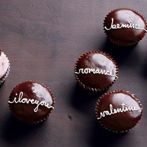 *martha-writing-cupcakes-lg