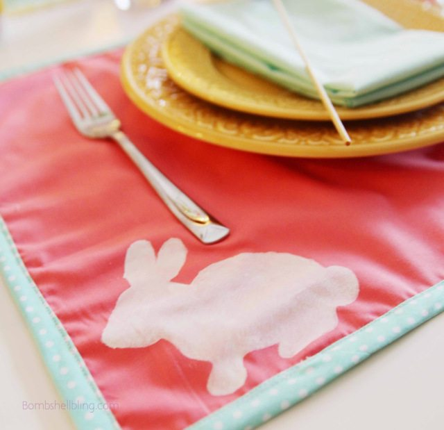 Make these sweet Easter placemats for your Easter tablescape using this awesome tutorial.