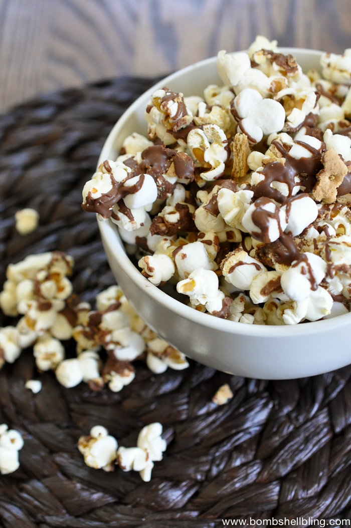 YUM!!! S'mores popcorn! And so SIMPLE!