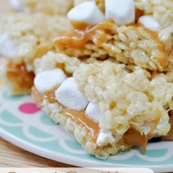 Caramel Rice Krispie Treat Sandwiches