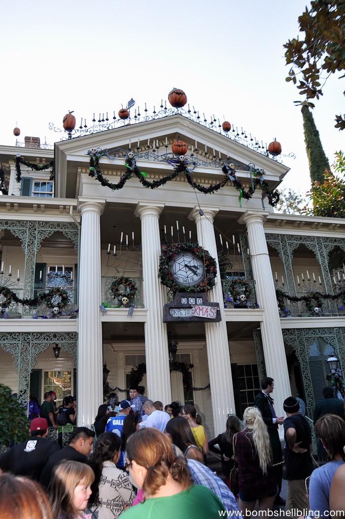 Why I love Mickey's Halloween Party-3
