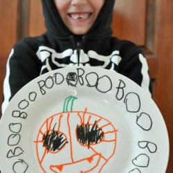 DIY Halloween Paint Pen Plates