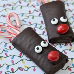Fun & Festive Ho Hos Reindeer Treats